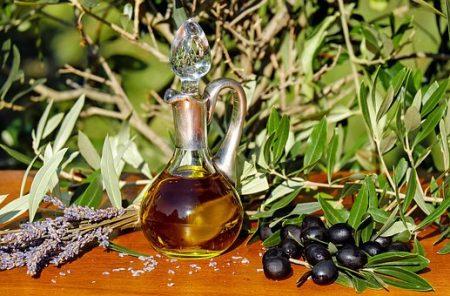 olive-oil-1596417__340