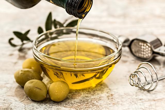 olive-oil-968657_640