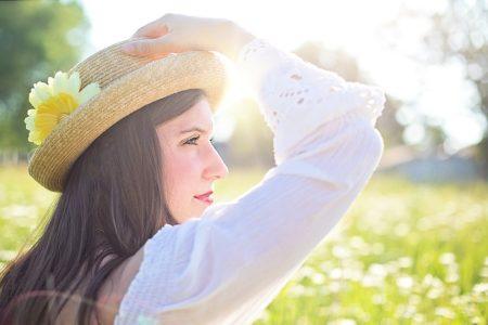 pretty-woman-1509959_640