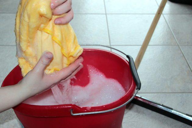 putz bucket 1290940 960 720