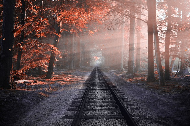 railway-2818748_640