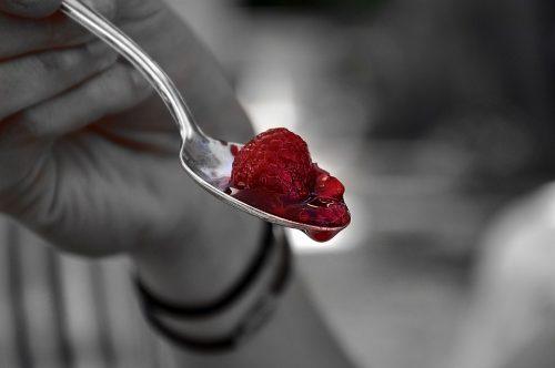 raspberry-3667091_960_720
