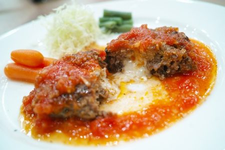 restaurant-1799414_640