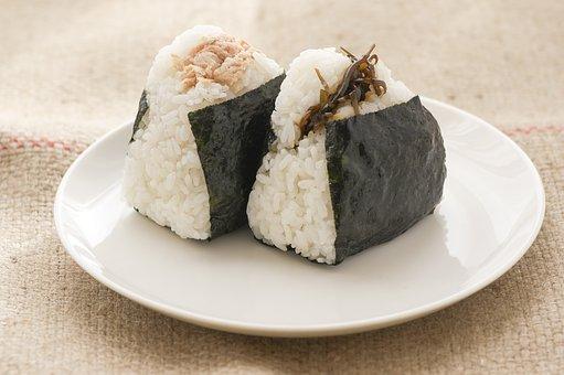 rice ball 1919631  340