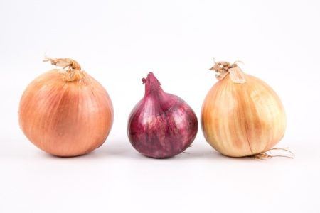 ripe-onions-isolated-on-white-1463238110Bhs