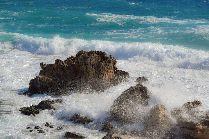 rocky-coast-3425020__480