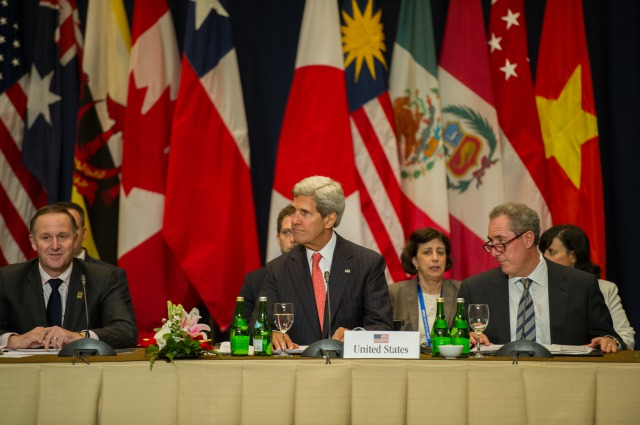 s secretary kerry participates in the tpp meeting with nations' leaders (10152830624)