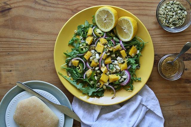 salad-1445041_640