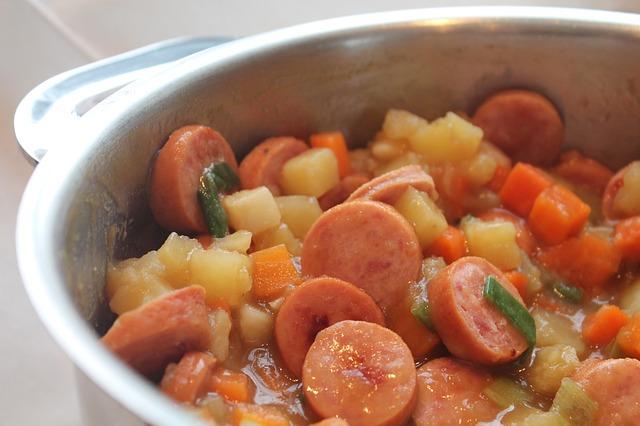 sausage-1735153_640