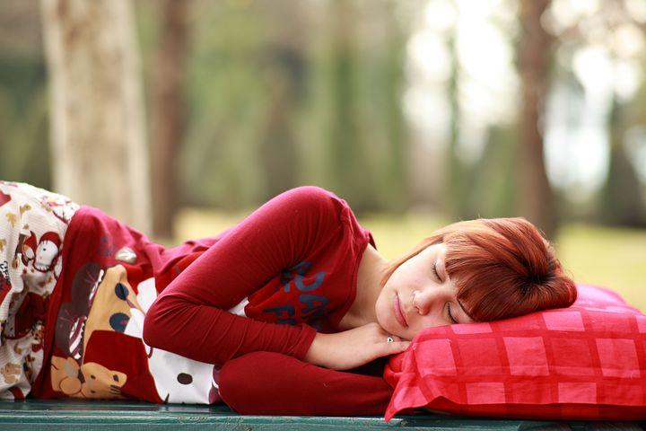 sleep-2603545__480