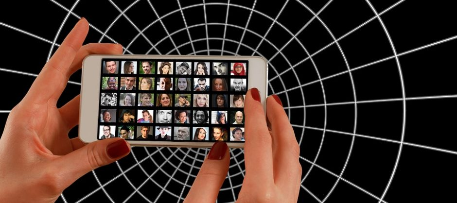 smartphone-1445487_960_720