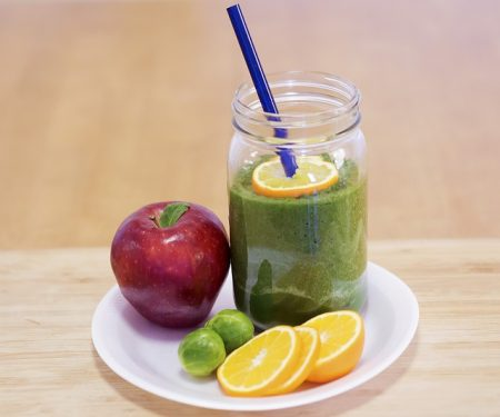 smoothie-1200530_640