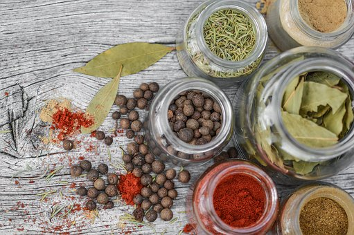 spices-2548653__340
