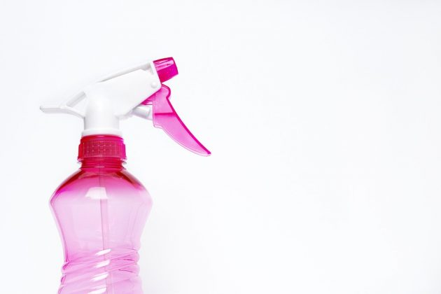 spray-bottle-2754171_960_720