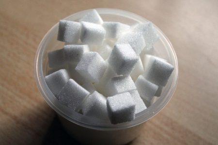 sugar-cube-258116_640