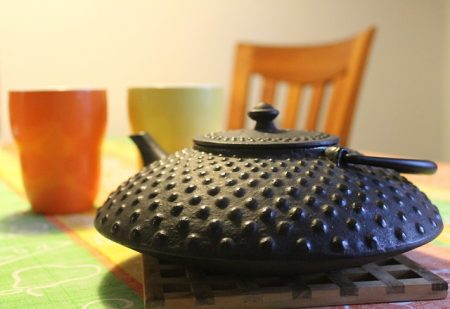 teapot-196240_640