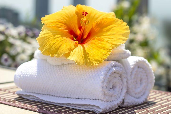 towel-2608095__480