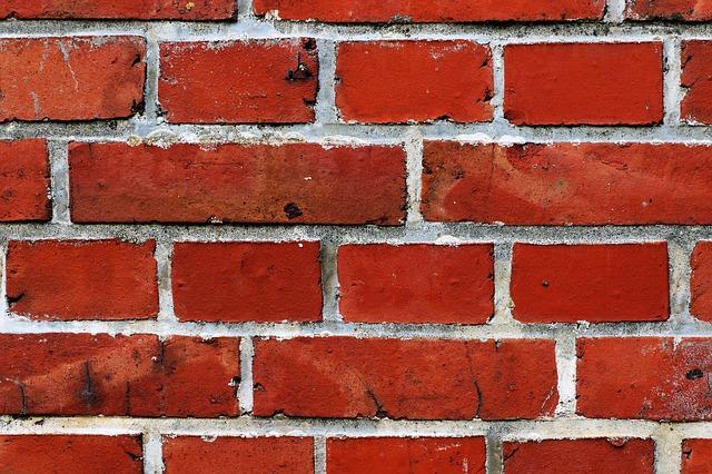 wall-450106_640