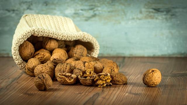 walnut-1213008_640