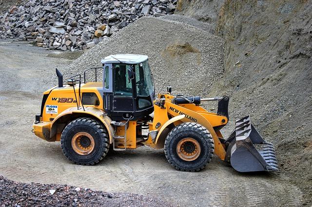 wheel loader 2319481 640