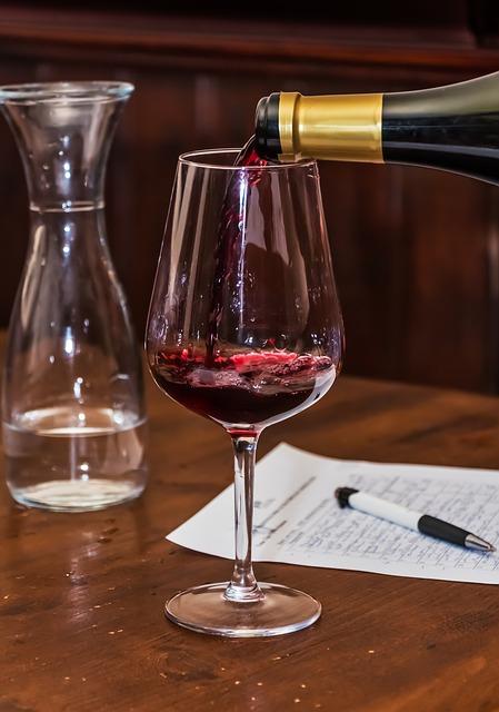 wine-681363_640