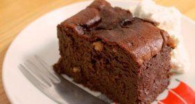 【バレンタインに】チョコレートも乳製品も使わない、ワンボウルで作れる濃厚ガトーショコラ。