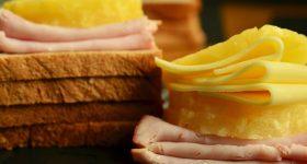 やっぱりチーズは体に悪いの?リン酸塩、乳化剤・・市販プロセスチーズの問題点。チーズの添加物の危険性と安全なチーズの選び方