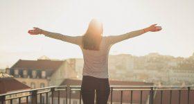 「幸せ」と「幸せそうに見える」人の違い 。日々の中の幸せを感じられる力をつけましょう