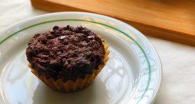 えっ、ズッキーニを使ってケーキ作り?!しっとり濃厚ヴィーガンチョコマフィンの作り方