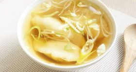 簡単ヴィーガン・マクロビレシピ。お肉・小麦粉不使用!台所の食材で完成。大豆ミートで作る「べジ水餃子」の作り方