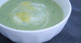 プチ断食・復活食にもおすすめ。秋冬に飲みたい90種類もの栄養がつまったモリンガのクリーミーデトックスポタージュスープの作り方