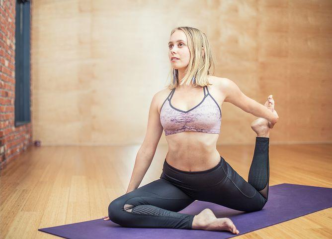 yoga-3053487__480